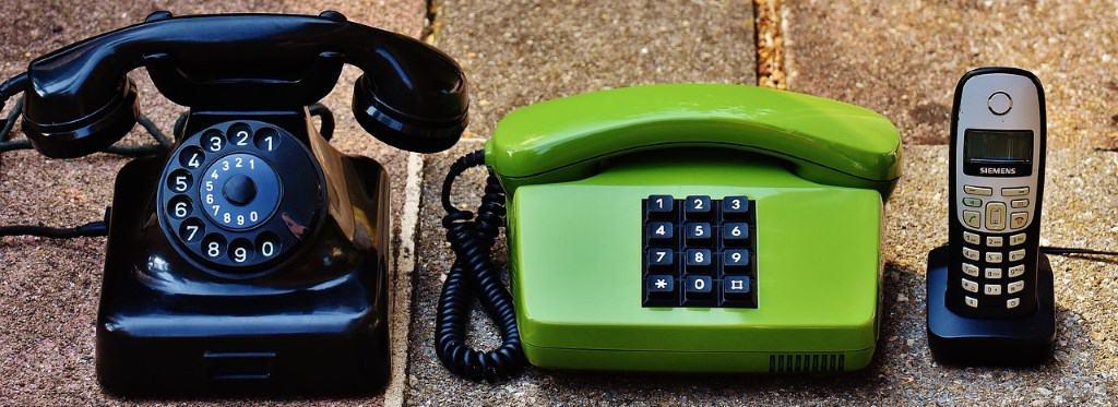 Corded Desk Phones vs Cordless Handsets